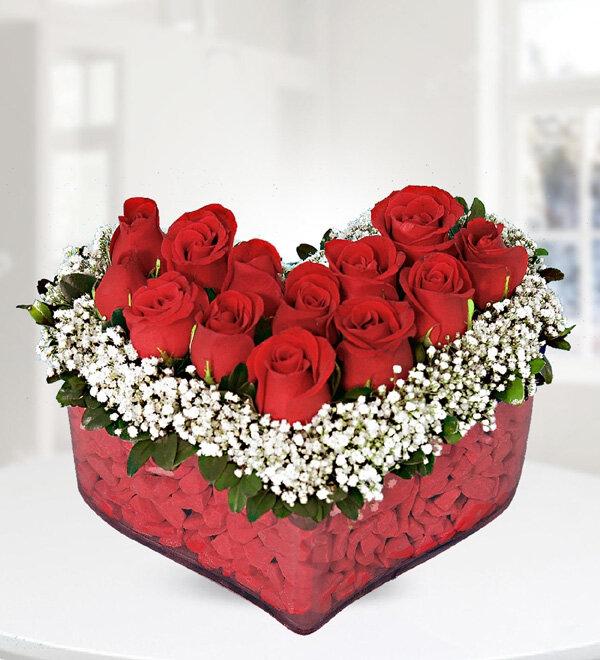 Kalp' de Kırmızı Güller
